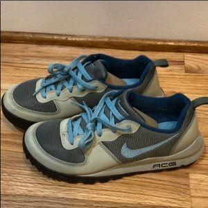 Nike ACG Takos Low Women's Trail Running Shoe
